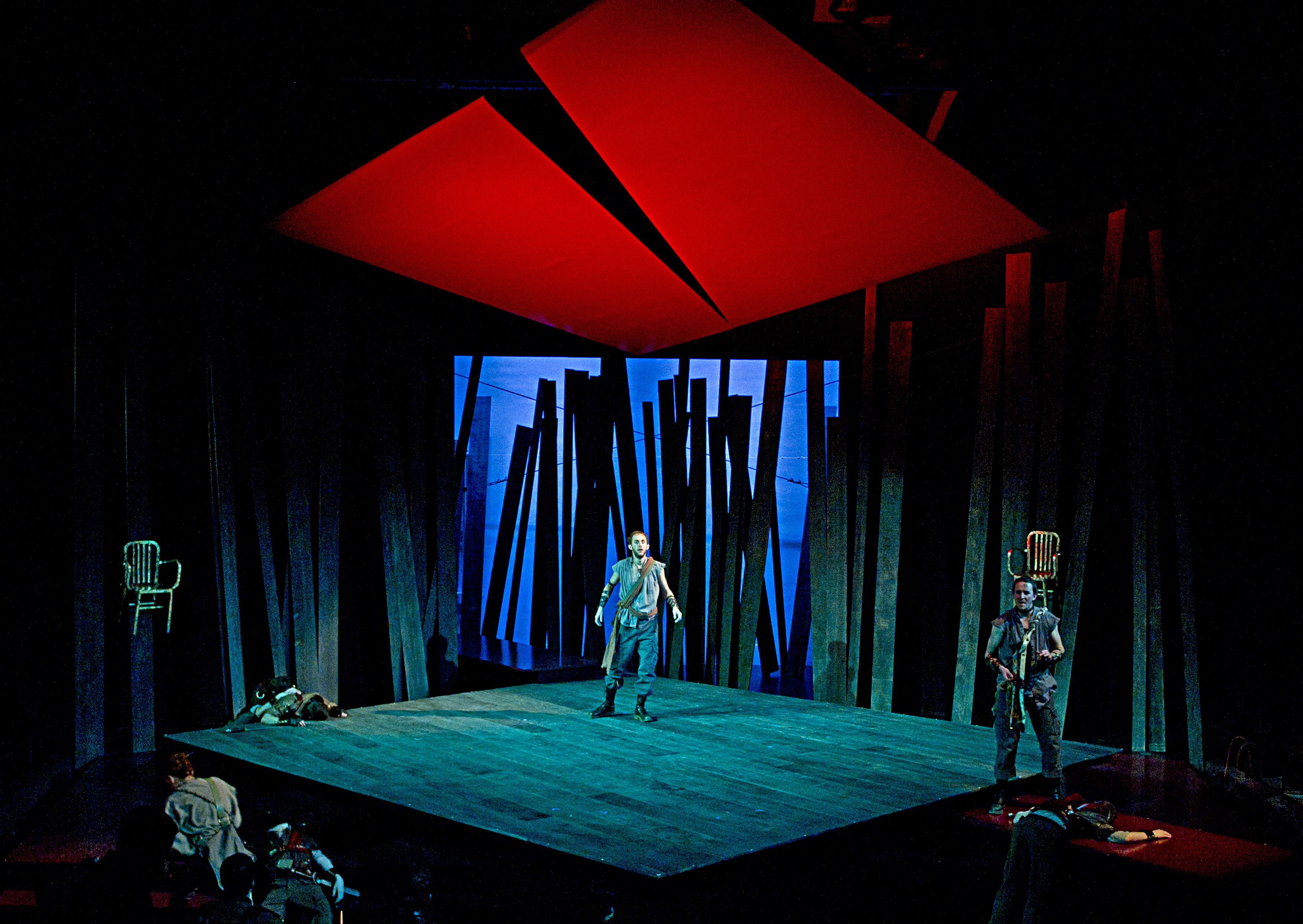 the use of design and atmosphere in macbeths character development Atmosphere can be created through the use of specific objects, settings, and   how does the character of lady macbeth change throughout the play 'macbeth' .